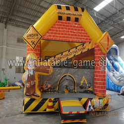 GB-448  Construction site bounce house