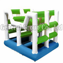 GW-55 Inflatable Water Square Climb